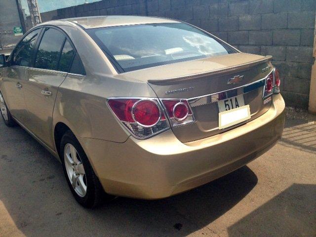 Chevrolet Cruze MT 2013 màu vàng cát, kính bấm điện-4