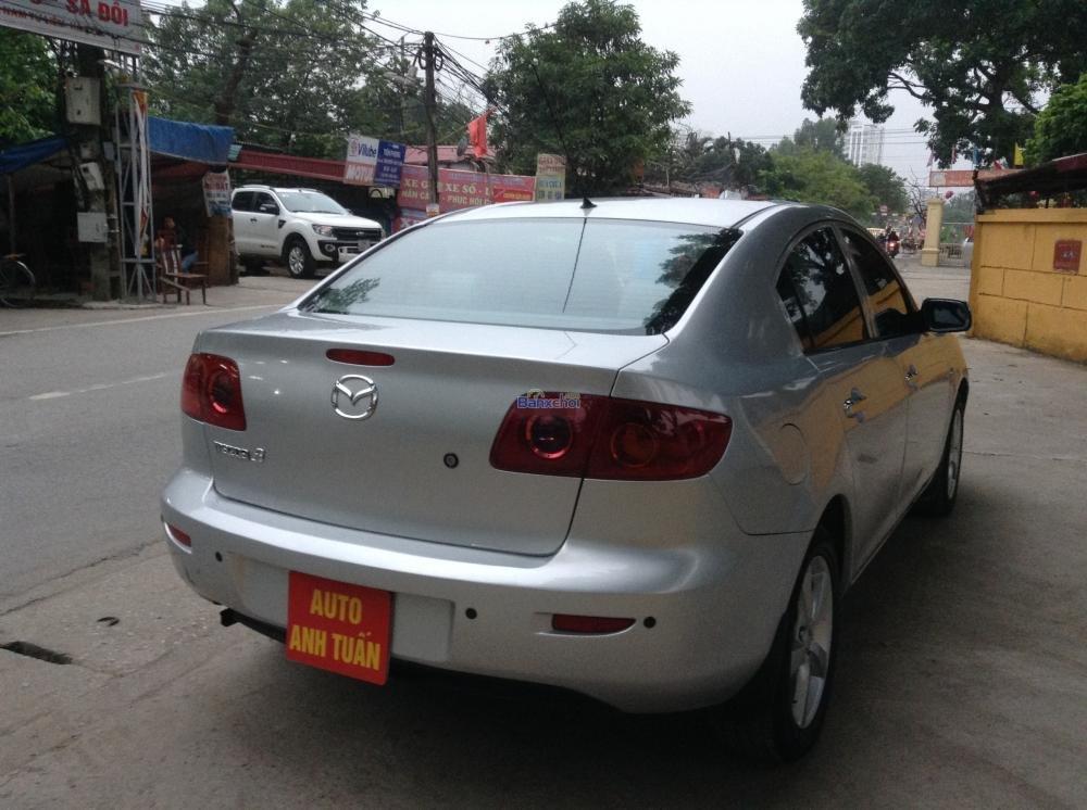 Cần bán Mazda 3 đời 2004, màu bạc, giá 385tr-6