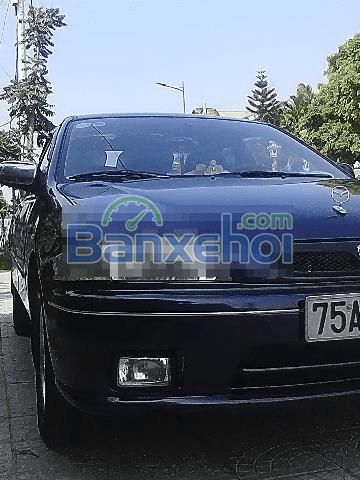 Cần bán Mazda 323 sản xuất 2000, màu đen, xe nhập, chính chủ-2