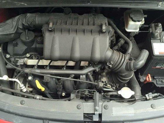 Cần bán Hyundai i10 năm 2012, màu đỏ, nhập khẩu, chính chủ-3