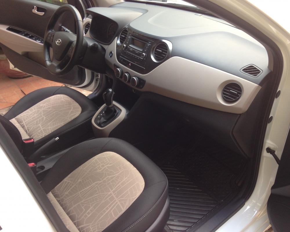 Cần bán lại xe Hyundai i10 đời 2015, màu trắng, nhập khẩu chính hãng-8