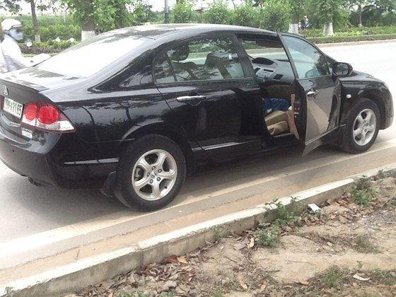 Bán ô tô Honda Civic 1.8AT đời 2011, màu đen, nhập khẩu nguyên chiếc, còn mới-0
