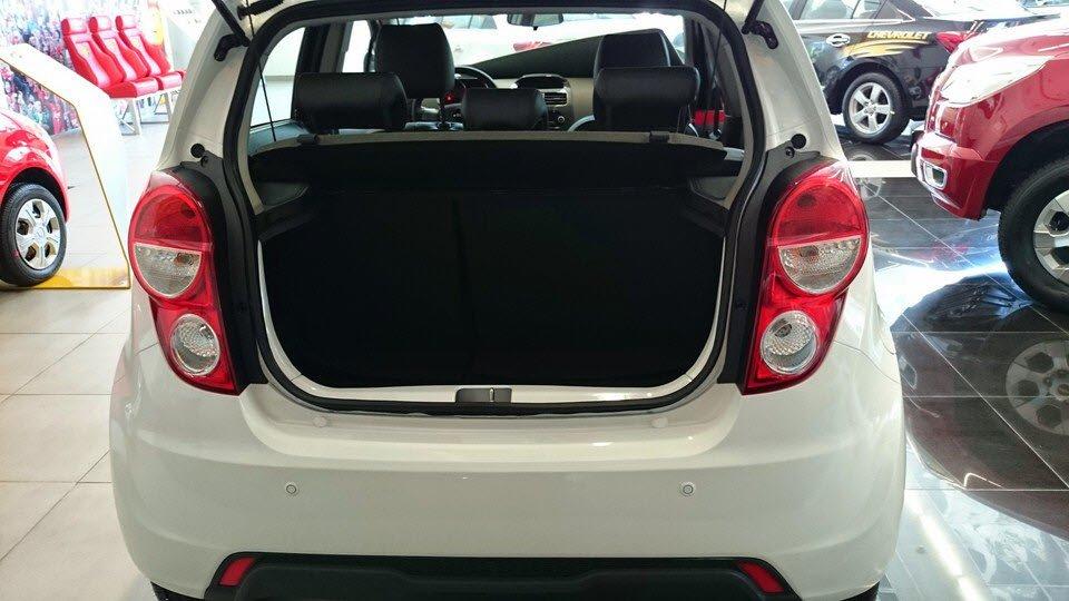 Chevrolet Spark 1.0 LTZ hộp số tự động 4 cấp, hệ thống chống bó cứng phanh ABS-4