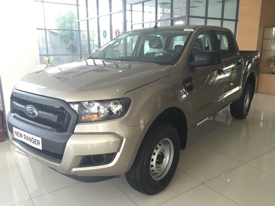 Cần bán xe Ford Ranger đời 2015, nhập khẩu nguyên chiếc-1