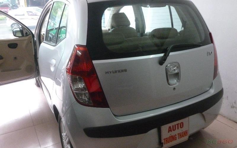 Bán xe Hyundai i10 sản xuất 2009, màu bạc, xe nhập-2