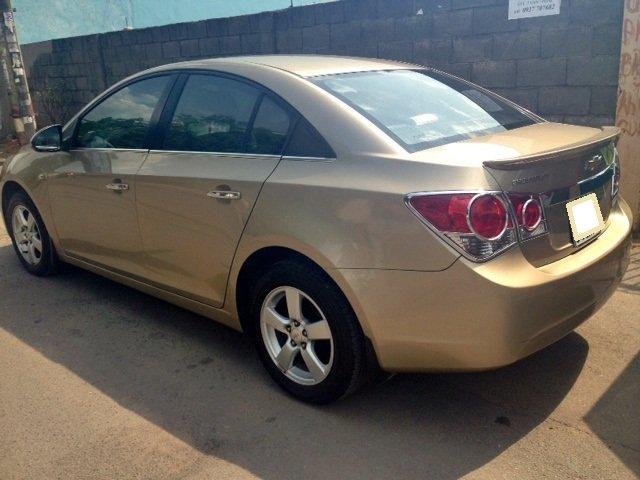 Chevrolet Cruze MT 2013 màu vàng cát, kính bấm điện, nội thất da-1