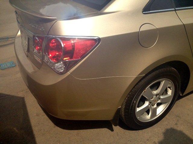 Chevrolet Cruze MT 2013 màu vàng cát, kính bấm điện, nội thất da-6