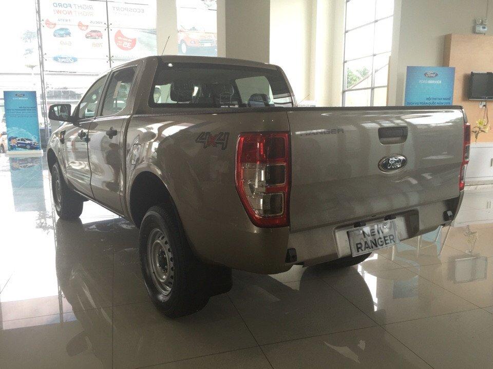 Cần bán xe Ford Ranger đời 2015, nhập khẩu nguyên chiếc-4