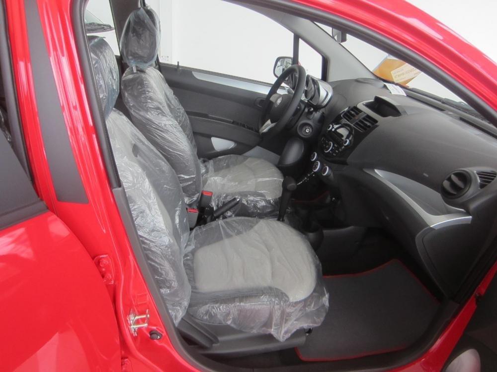 Bán ô tô Chevrolet Spark đời 2015, màu đỏ, giá 392tr xe đẹp-3