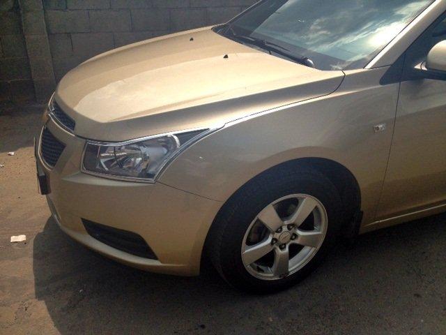 Chevrolet Cruze MT 2013 màu vàng cát, kính bấm điện, nội thất da-5