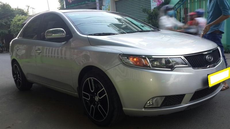 Bán ô tô Kia Forte LTZ sản xuất 2011, màu bạc, số sàn -0