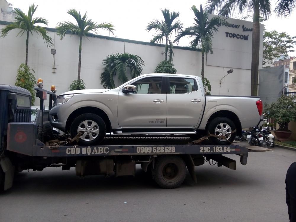 Cần bán xe Nissan Navara đời 2015, màu bạc, nhập khẩu chính hãng-1