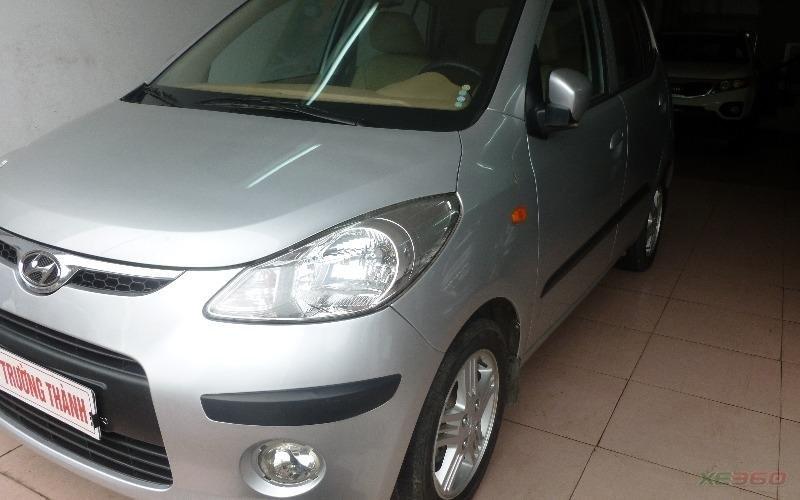 Bán xe Hyundai i10 sản xuất 2009, màu bạc, xe nhập-1