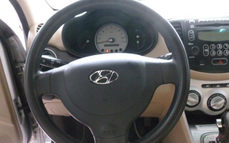 Bán xe Hyundai i10 sản xuất 2009, màu bạc, xe nhập-7