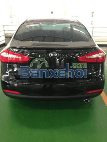 Cần bán xe Kia K3 2015, màu đen, nhập khẩu chính hãng-2
