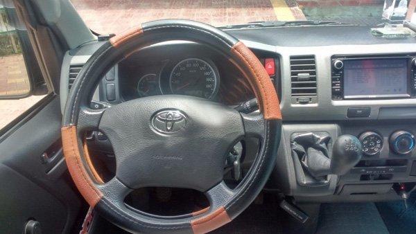 Cần bán Toyota Hiace 16 chỗ đời 2011. Gia đình sử dụng rất kỹ, không kinh doanh-1