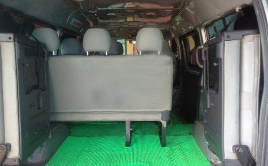 Cần bán Toyota Hiace 16 chỗ đời 2011. Gia đình sử dụng rất kỹ, không kinh doanh-3