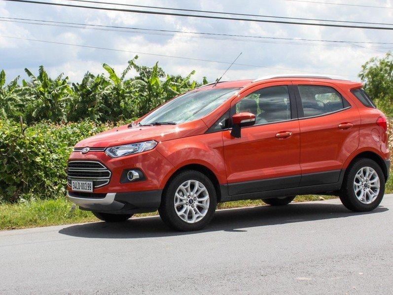 Ford EcoSport có kiểu dáng nhỏ gọn, di chuyển nhanh nhẹn trên đường phố.