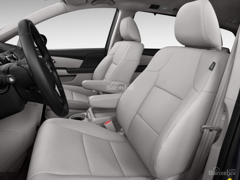 Đánh giá hàng ghế đầu xe Honda Odyssey 2016