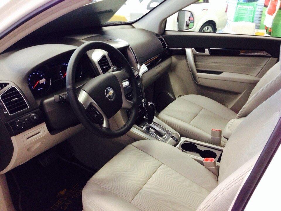 Bán ô tô Chevrolet Captiva đời 2015 xe đẹp-3