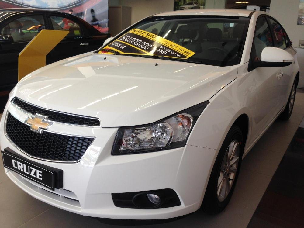 Chevrolet Cruze 1.6L LS - MT 520 triệu tặng dán phim 3m 5 món phụ kiện cần bán-0