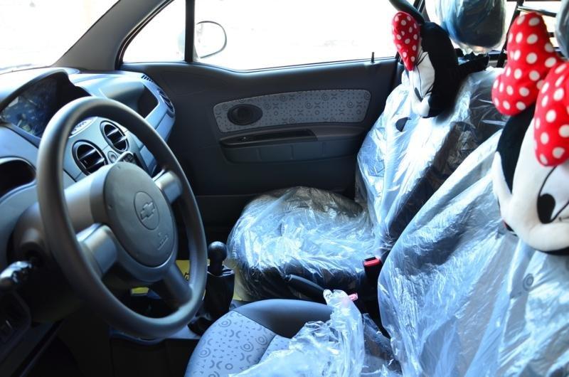 Spark Van: 02 chỗ ngồi, dung tích 0.8, số sàn, điều hòa hai chiều, tay lái trợ lực-1