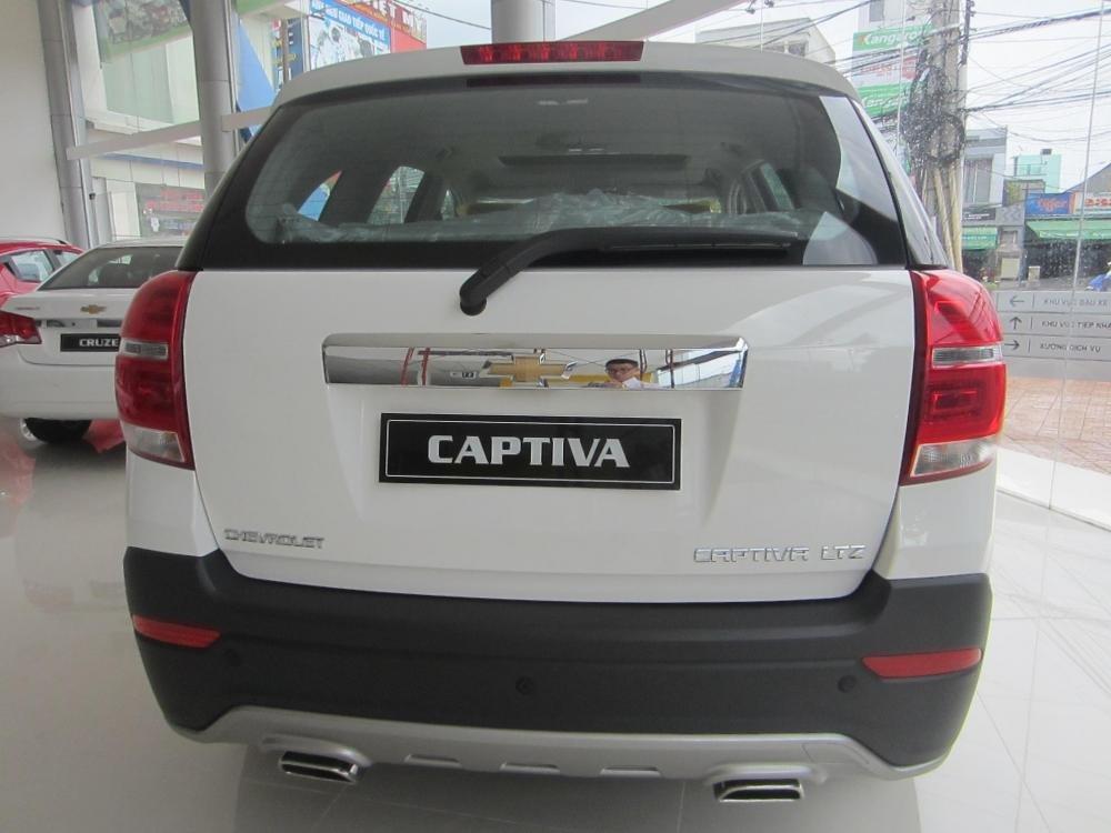 Chevrolet Captiva sản xuất 2014, màu trắng, 914tr-2