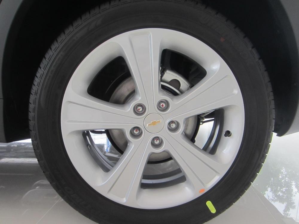 Chevrolet Captiva sản xuất 2014, màu trắng, 914tr-5