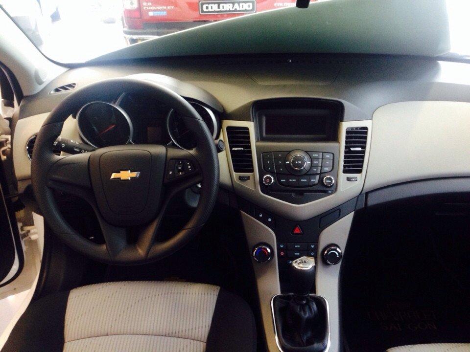 Chevrolet Cruze 1.6L LS - MT 520 triệu tặng dán phim 3m 5 món phụ kiện cần bán-2