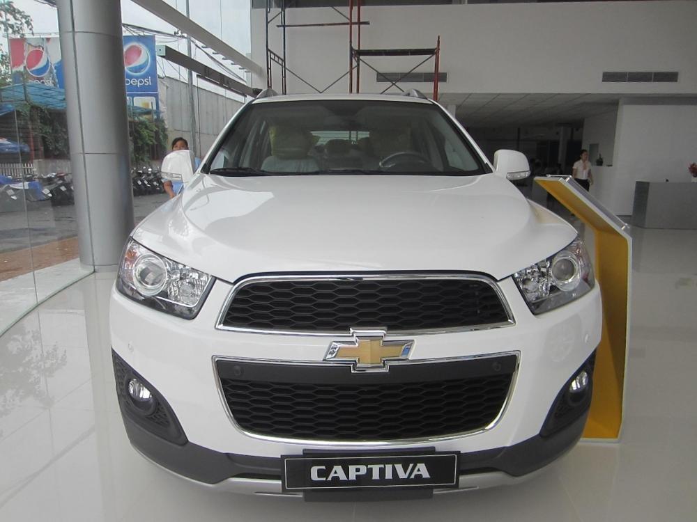 Chevrolet Captiva sản xuất 2014, màu trắng, 914tr-1