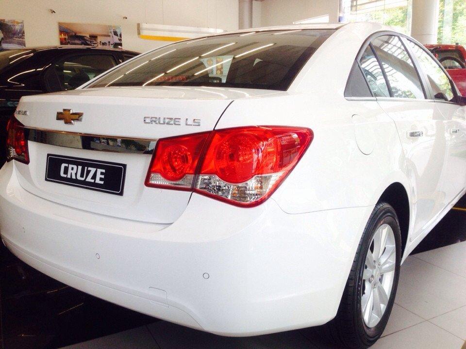 Chevrolet Cruze 1.6L LS - MT 520 triệu tặng dán phim 3m 5 món phụ kiện cần bán-4