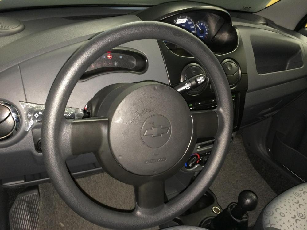 Cần bán Chevrolet Spark đời 2015 nhanh tay liên hệ-3