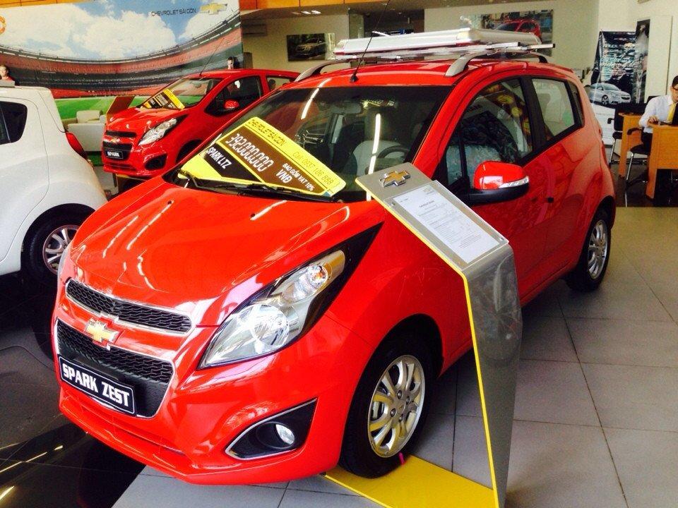Chevrolet Spark 1.0L LTZ - AT 367 triệu tặng dán phim 3m 5 món phụ kiện-2
