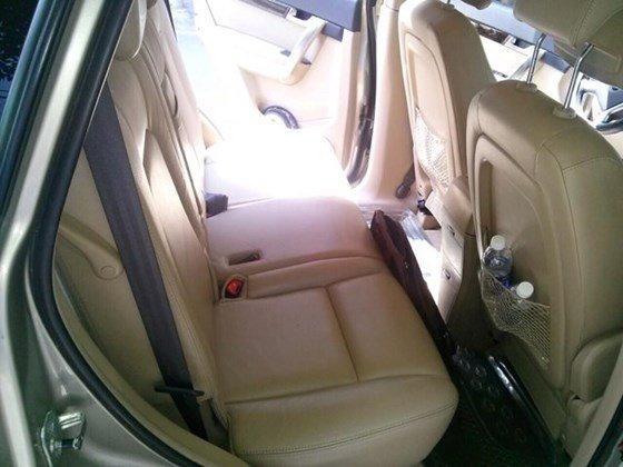 Cần bán gấp xe Captiva LTZ, sản xuất 2007, màu vàng cát, xe mua mới 1 đời chủ-3