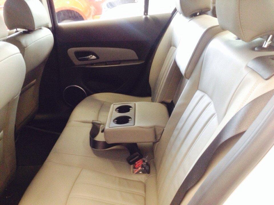 Chevrolet Cruze 1.8L LTZ - AT 612 triệu tặng dán phim 3m 5 món phụ kiện-5