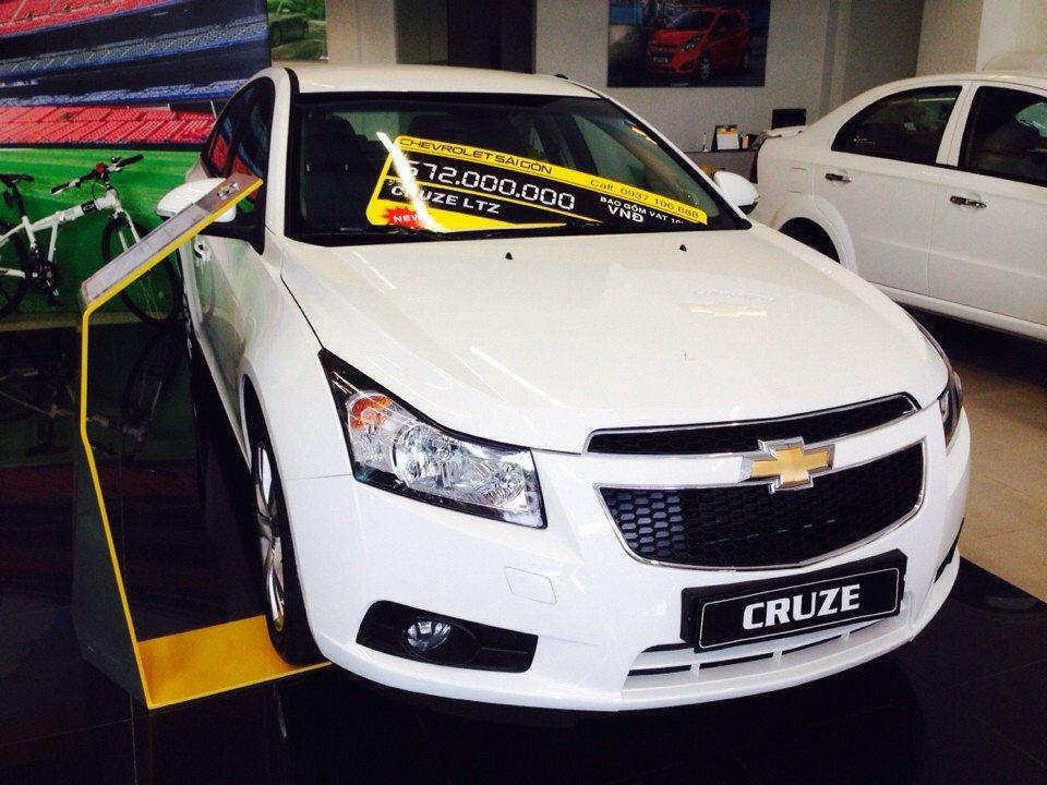Chevrolet Cruze 1.8L LTZ - AT 612 triệu tặng dán phim 3m 5 món phụ kiện-2