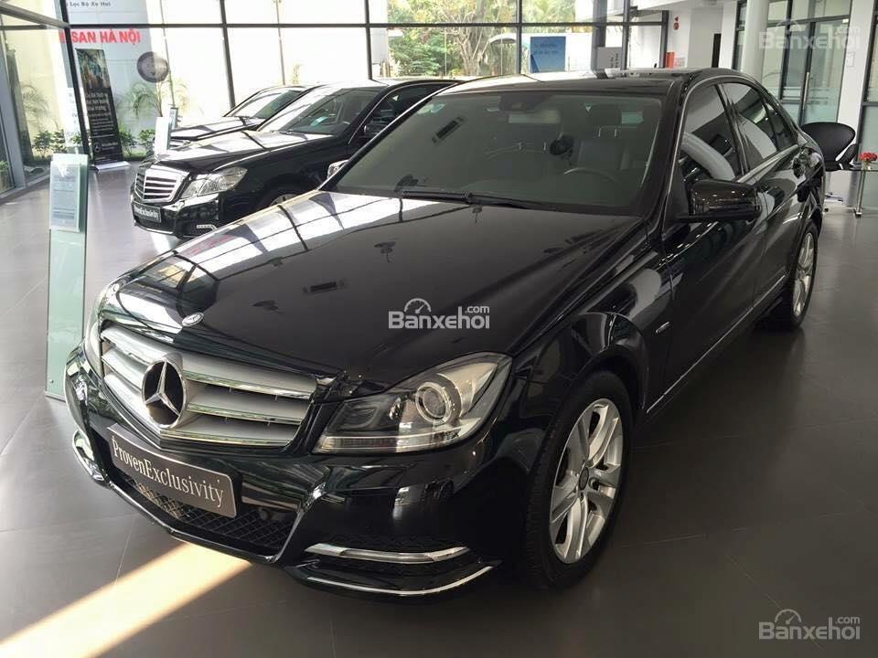 Bán Mercedes C200 đời 2011, màu đen-0