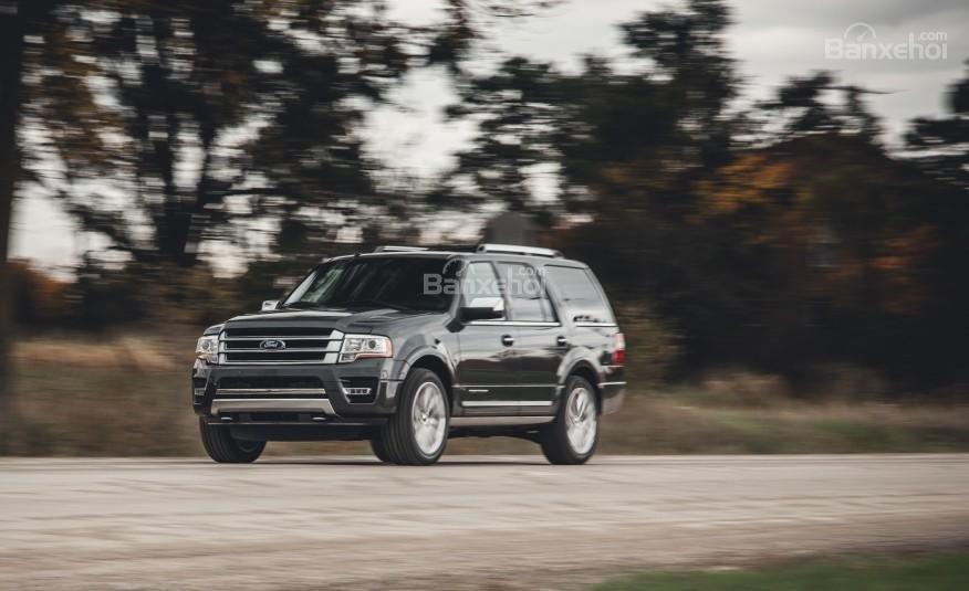 Đánh giá cảm giác lái xe Ford Expedition 2016
