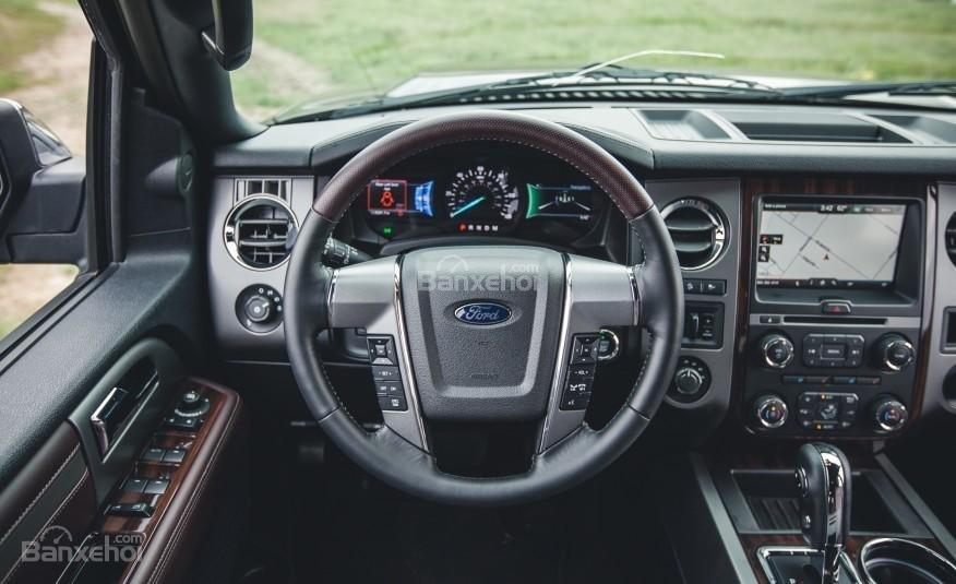 Đánh giá vô lăng xe Ford Expedition 2016