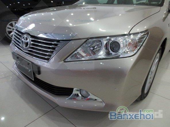 Cần bán Toyota Camry 2.5Q xe màu nâu vàng rất đẹp-4