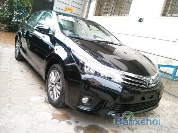 Cần bán xe Toyota Corolla Altis 1.8L AT đời 2015, màu đen, giá chỉ 770 triệu-5