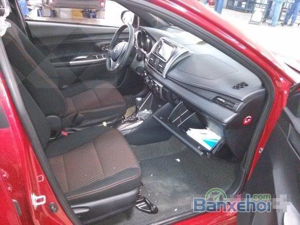 Toyota Yaris 2015, bản E, động cơ 1.3L, số tự động, mầu đỏ, nhập khẩu nguyên chiếc Thailand-3
