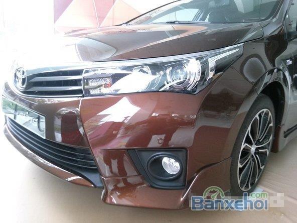 Bán xe Toyota Corolla altis 2.0L, màu nâu-9