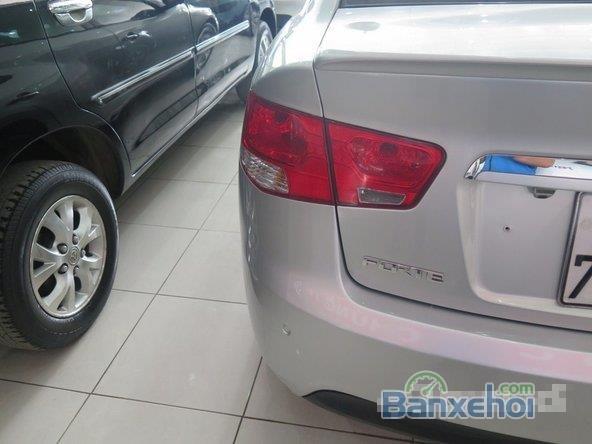 Xe Kia Forte Si 2010 cũ màu bạc đang được bán-7