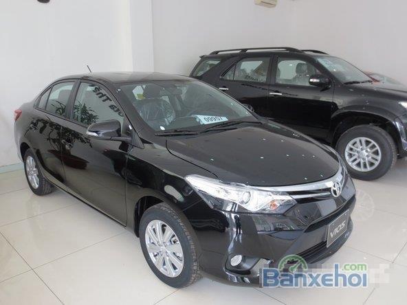 Cần bán xe Toyota Vios, màu đen giá tốt-7