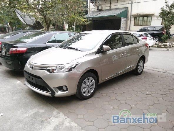 Cần bán xe Toyota Vios E - Mầu nâu vàng, sản xuất 2015 -1