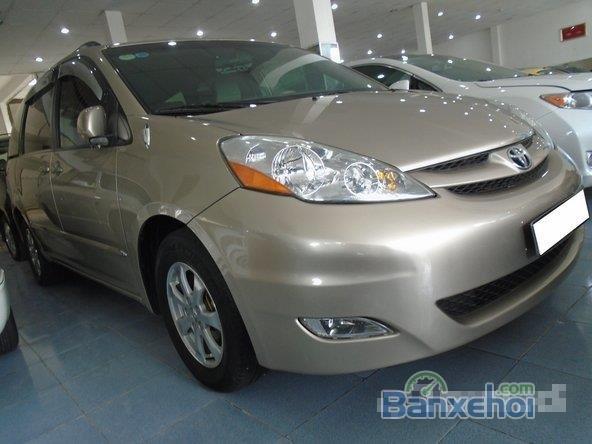 Cần bán xe Toyota Sienna Le đời 2007, xe đẹp như mới -2