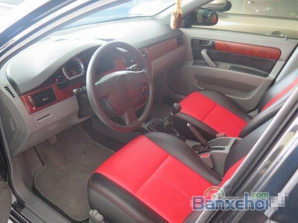 Xe Daewoo Lacetti 2011 cũ màu đen đang được bán-5