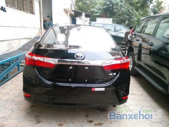 Cần bán xe Toyota Corolla Altis 1.8L AT đời 2015, màu đen, giá chỉ 770 triệu-8