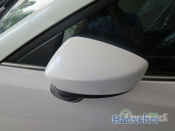 Xe Mazda 3 Skyactiv 2015 mới màu trắng đang được bán-6